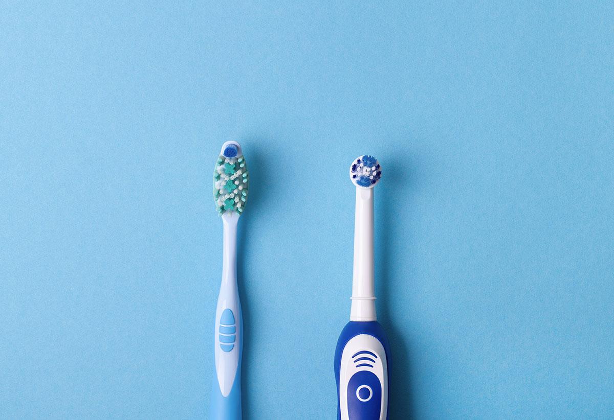 Brosses à dents manuelle ou électrique